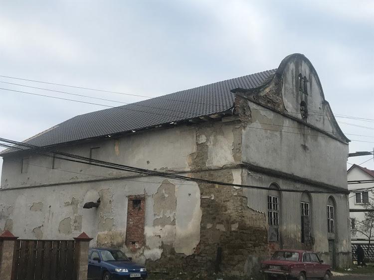 У закарпатських Вільхівцях реконструюють одну з найстаріших в Україні синагог (ФОТО)